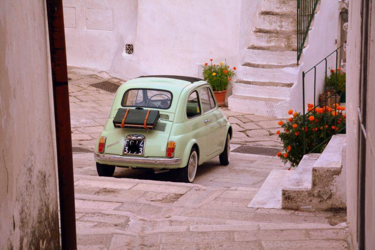 Viaggi Olfattivi: le Fragranze che Valorizzano le Regioni Italiane